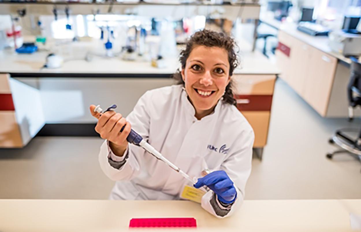 Γυναίκα της χρονιάς στην Ολλανδία η επιστήμονας Μαρία Θέμελη | Biology.gr
